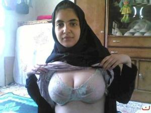 jilbab_hot_bugil_20121218_1524074838